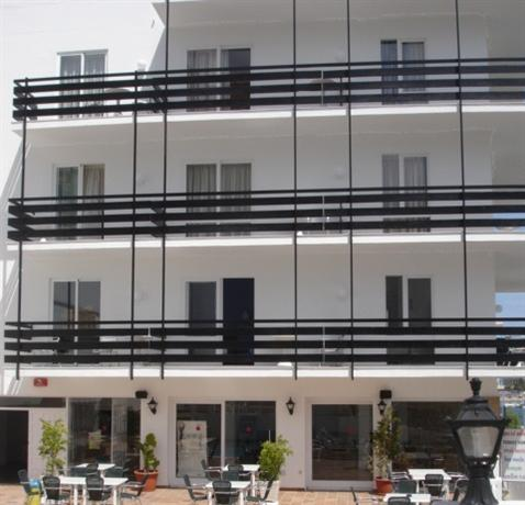 Es Mitjorn Hotel Ibiza