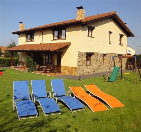 Apartamentos Rurales Villa de Sain