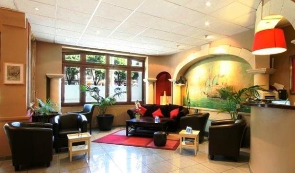 Appart Hotel Les Baux De Provence