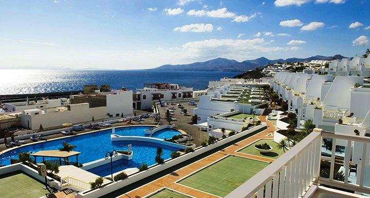 Among Others The Hotetur Aquarius Apartments Lanzarote Offers Following Services Room Service Restaurant And Cable