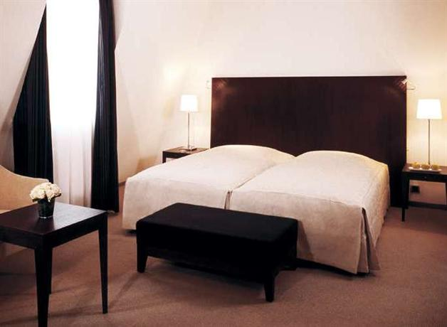 Hotel Monopol Frankfurt Hbf