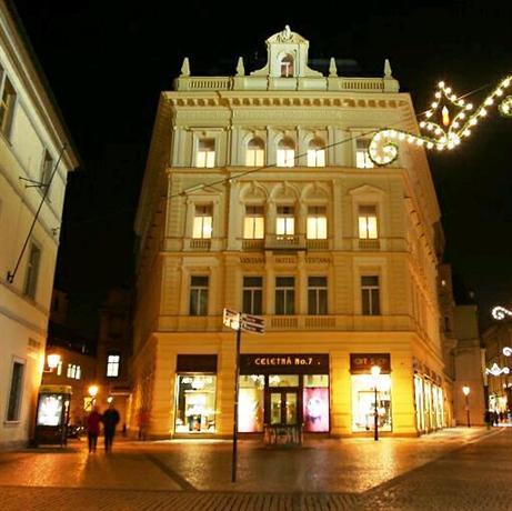Estates theatre public building in prague thousand wonders for Ventana hotel prague