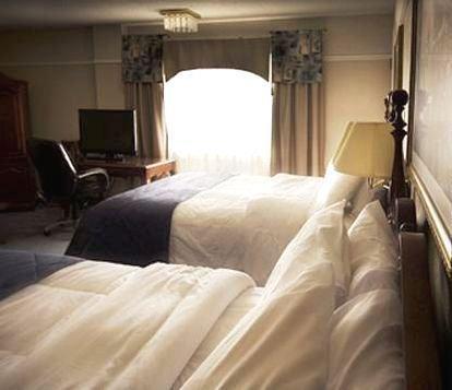 Chateau Hotel Edmundston