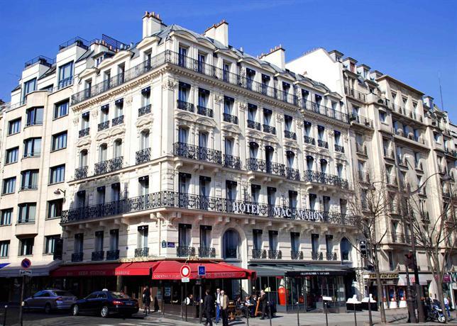 arc de triomphe monument in paris thousand wonders. Black Bedroom Furniture Sets. Home Design Ideas