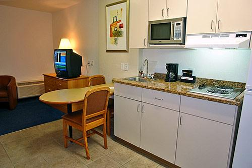 6 Motel Saskatoon