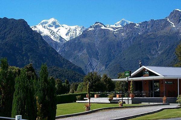 Hotels In Fox Glacier New Zealand