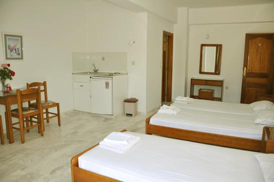 Room photo 10 from hotel Vlycha Beach Apartments Lindos