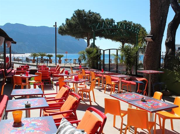 Hotels cassis found 18 cheap hotels and apartments - Hotel du grand jardin cassis ...
