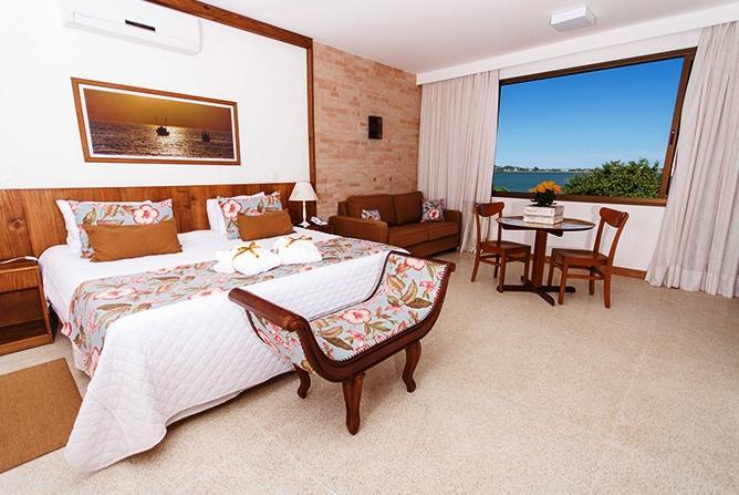 Baiti Hotel & Marina
