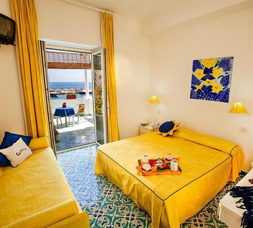 La Sirenella Hotel Lacco Ameno