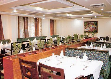 Grand Mumtaz Hotel Srinagar
