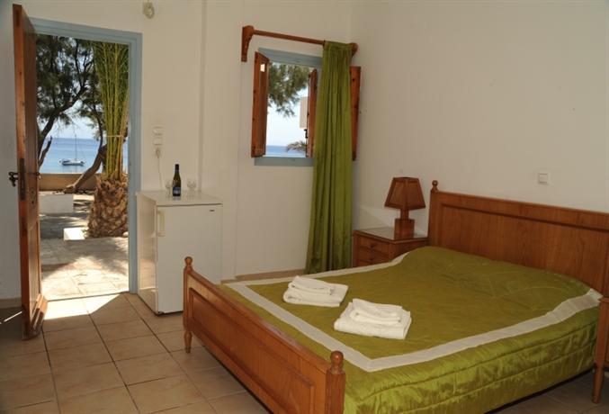Akrotiri Hotels Santorini