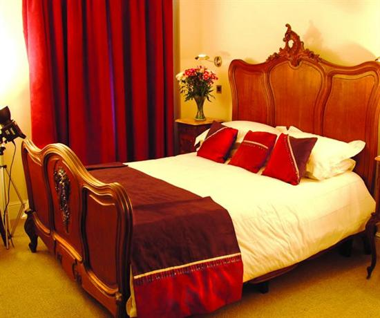 Jolyons Hotel Cardiff