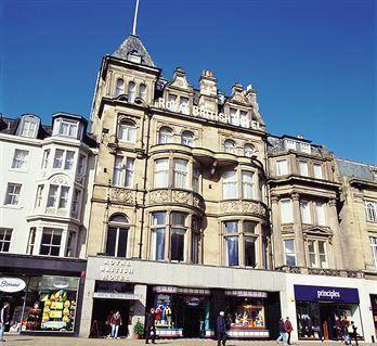Royal British Hotel