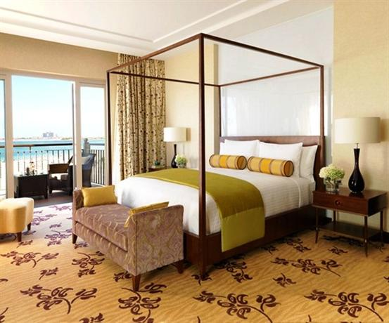 Dubai ,The_Ritz_Carlton_Dubai صورة