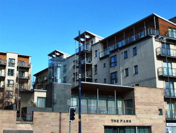 Dreamhouse Apartments Holyrood