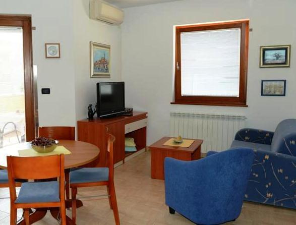 Apartments Nina Ljudevita Gaja