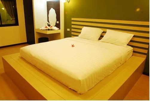 Baan Suan Leelawadee Resort Nan
