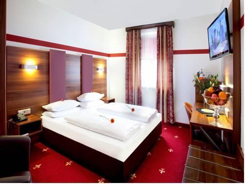 Tiptop Hotel Burgschmiet Garni Nuremberg