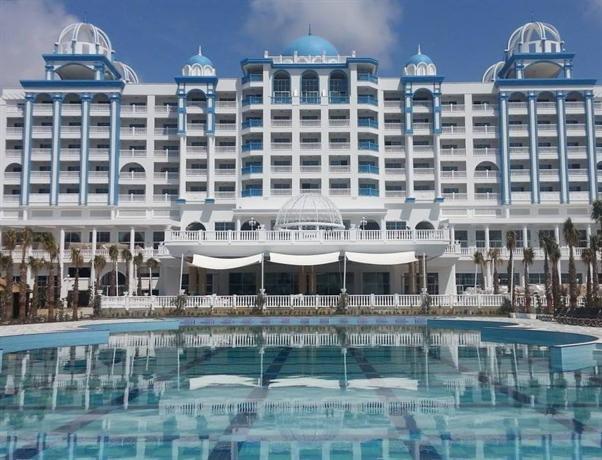 Rubi Platinum Spa Resort and Suites