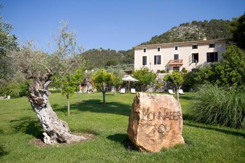 Santuari De Lluc Mallorca Hotel
