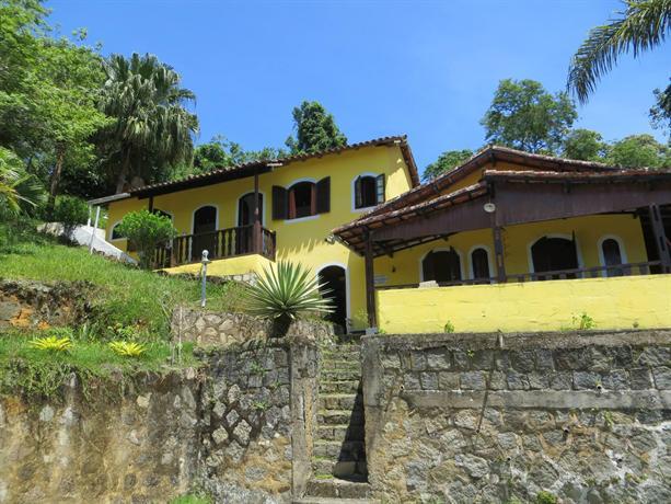 Casa Amarela Pousada