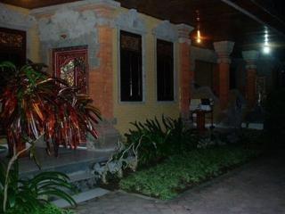 Satriya Cottages Bali Poppies Lane II Kuta Beach