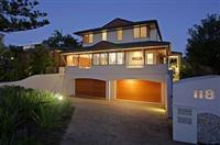 Clarkes Beach House Byron Bay