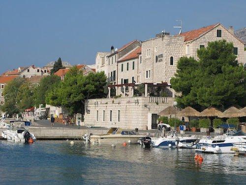 Hotel Kastil