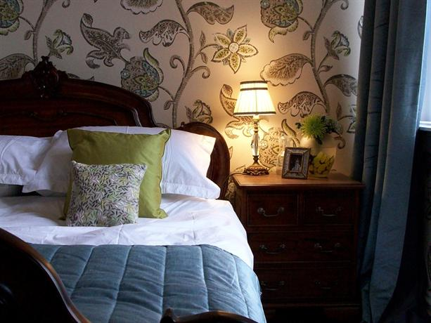 The Hamptons Bed & Breakfast Ilfracombe