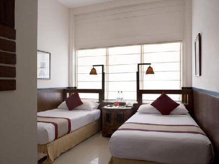 Tanaya Bed & Breakfast Bali Legian 131 . Kuta . Bali