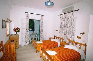 Andreas Aparthotel Santorini