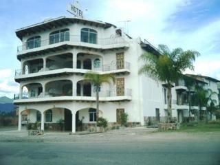 Hacienda la Puerta de Enmedio Inn Puerto Vallarta
