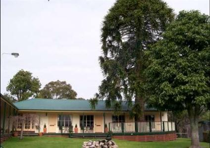 Snowy River Homestead Bed & Breakfast Newmerella