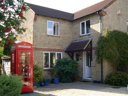 Red Box Guest House Chippenham