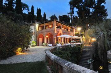 Image of Villa Della Pergola