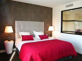 Image of Hotel Des Trois Couronnes Carcassonne