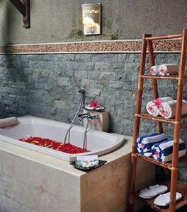 Aroma Exclusive Villas Bali Jalan Batu Belig Gg. Pelangi No 8