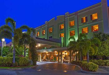 Image of Hampton Inn West Palm Beach Central Airport