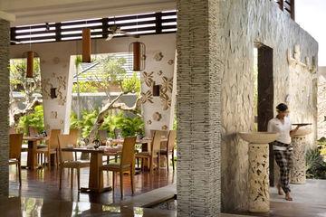 The Wolas Villa & Spa Bali Jalan Yudistira No. 18 Seminyak, Kuta