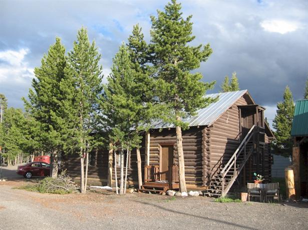 Yellowstone Budget Apartments