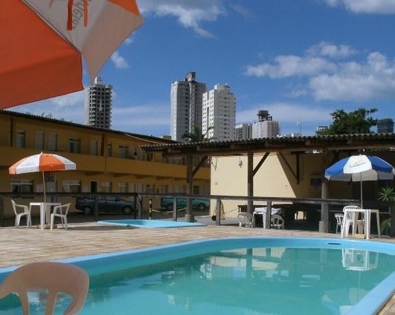 Hotel Candeias II