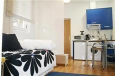 Apartamentos MV Plaza Santa Ana Madrid