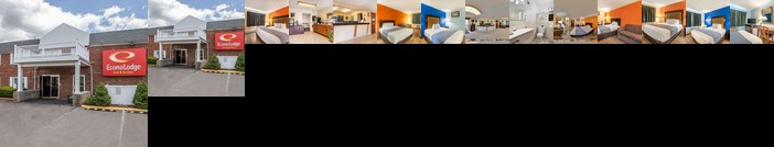Econo Lodge Inn & Suites Airport Windsor Locks