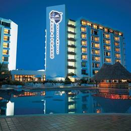 Nueva Toledo Suites & Hotel, in the nearby from Playa de San Luis