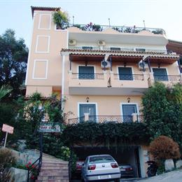 75 Steps Apartments, in the nearby from agios georgios