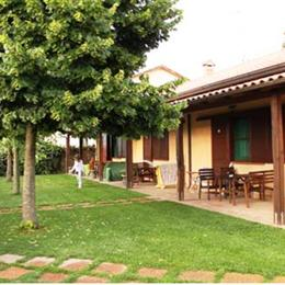 Agriturismo Marila, in the nearby from 1400 Mt Dx Acque Alte-Foce Verde