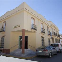 Hostal Niza, in the nearby from Los Enebrales