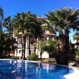 Park Hotel Villa Erina, in the nearby from Playa Ancha