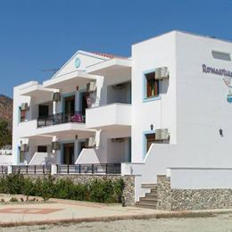 Romantika Apartments, in the nearby from akoumiani gialia - triopetra megali